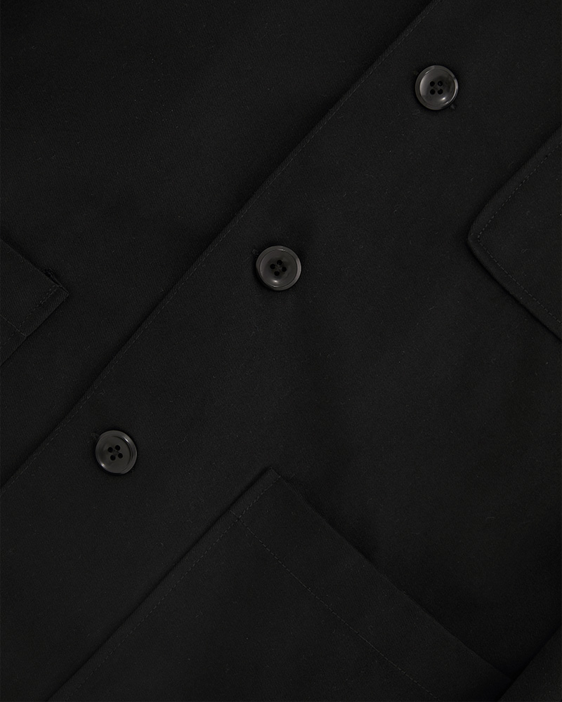 Chore jacket in black - close up