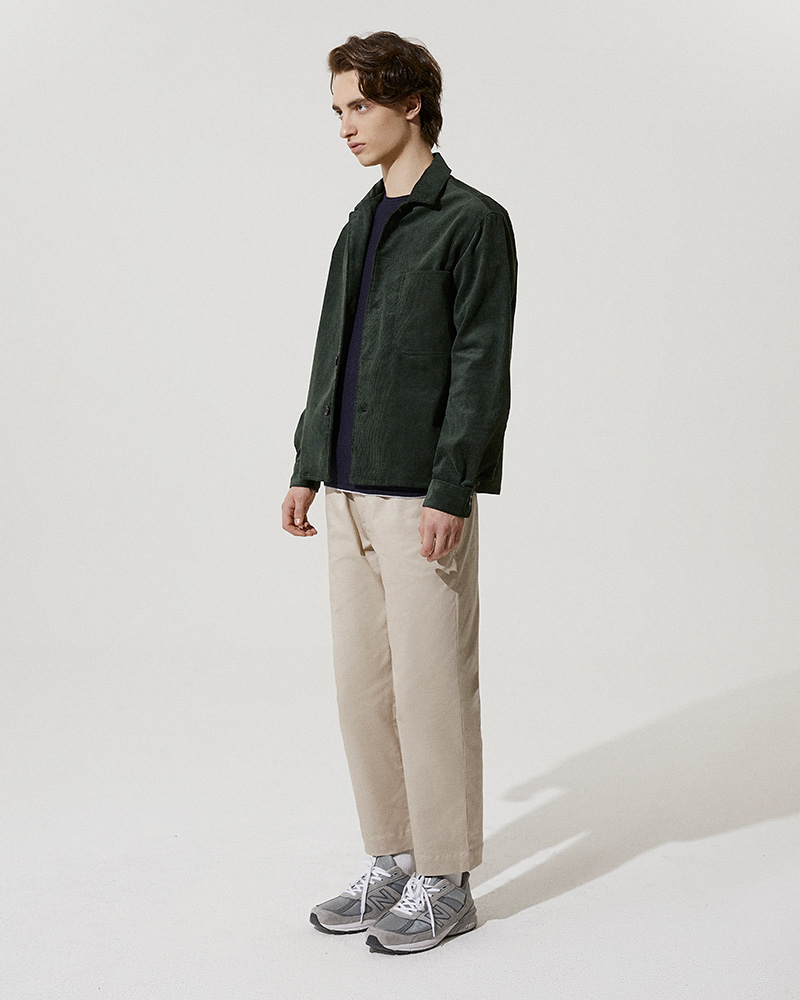 Corduroy Overshirt in Green - Side Image