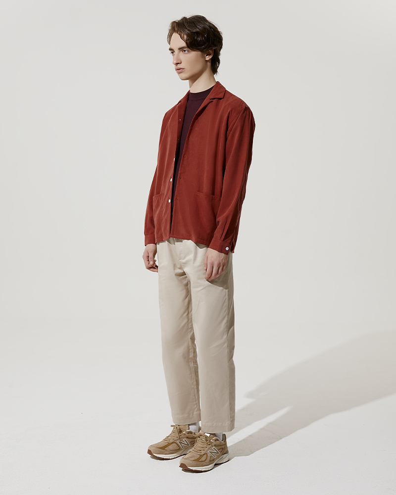 Camp-Collar Tencel Overshirt in Red - Side Image