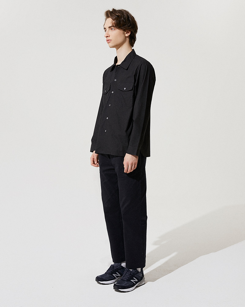 Camp-Collar Overshirt in Black - Side