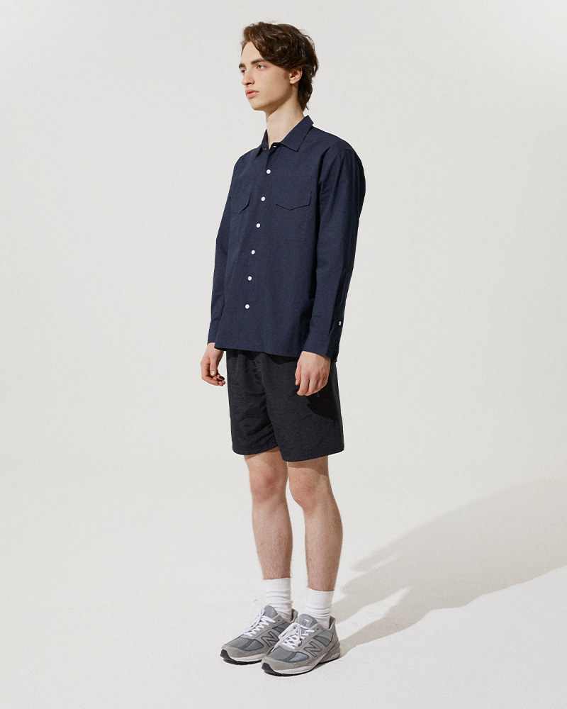 Flap Pockets Overshirt in Navy - Side Image