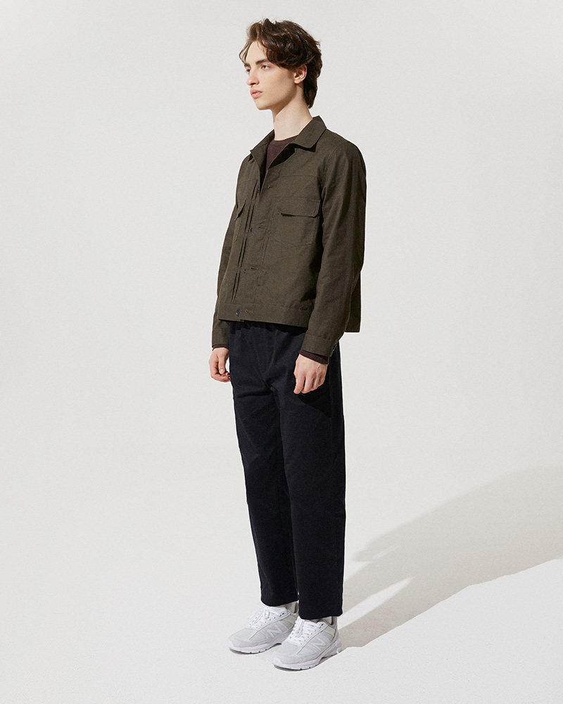 Trucker Jacket Version 2 in Military Green - Side Image